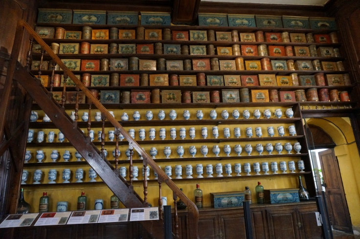 Troyes_hospital-pharmacy-museum