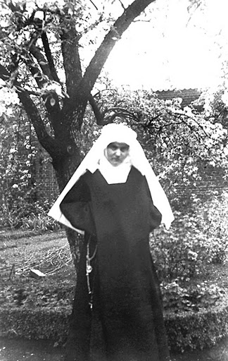 First Profession_Easter 21 April 1935