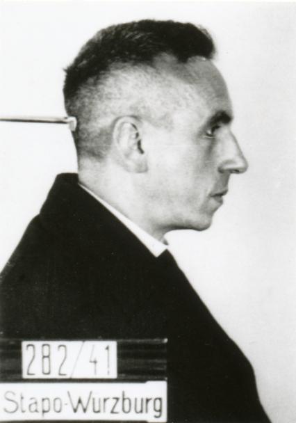 Georg-Haefner_Dachau-ID-photo-profile-view